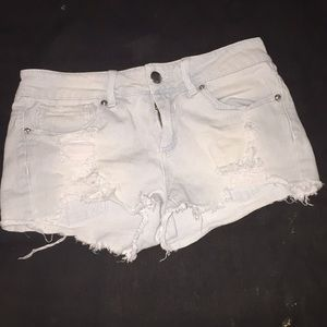 Low rise ripped shorts